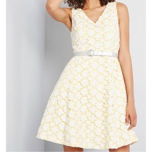 ModCloth Bliss Attendance lace dress